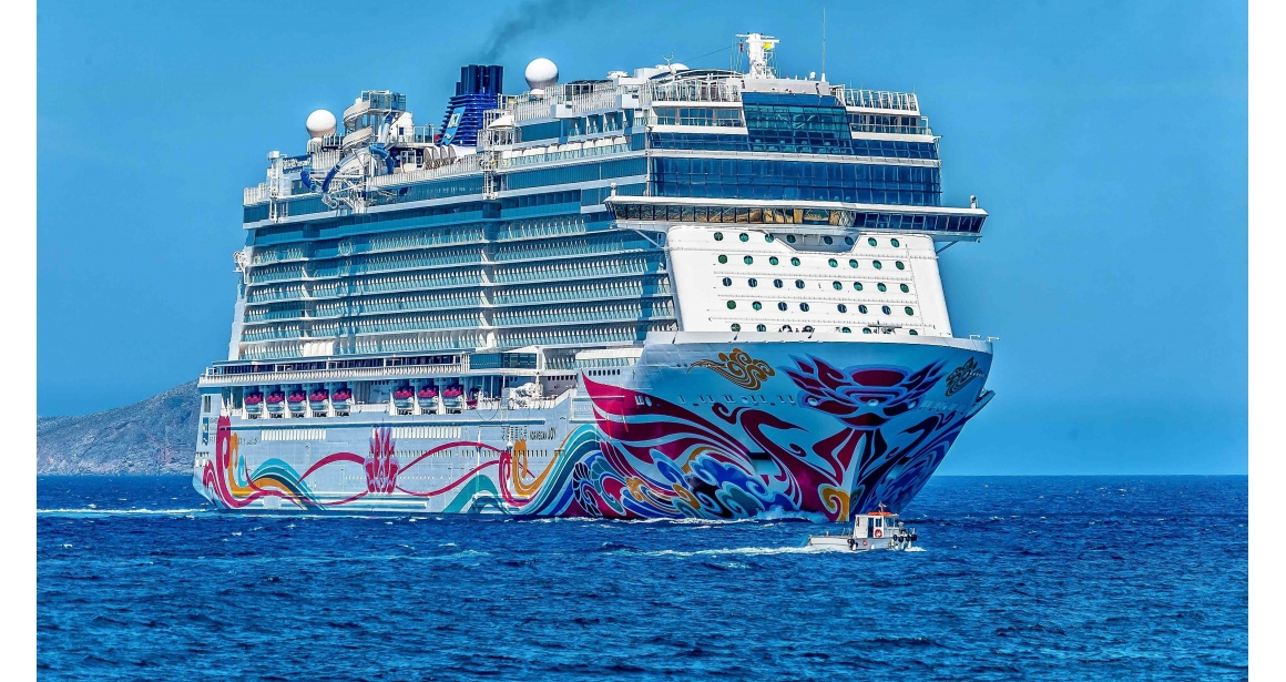 15 Things Everyone Should Know Before Going on a Cruise